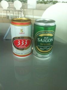 地ビール。僕の口には合わなかった(甘くて濃厚という味)。やはり、現地生産のサッポロビールがおいしい。