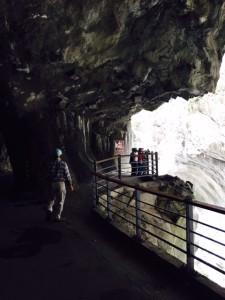 トンネル的