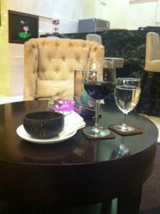 ホテルロビーワイン